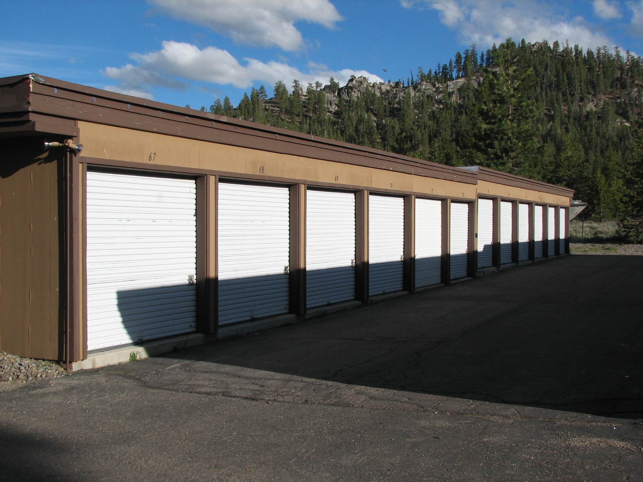 1748 D Street South Lake Tahoe Mini-Storage